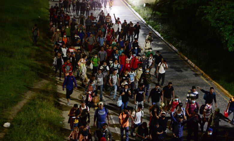 Avanza nueva caravana migrante hacia EU pese a pandemia